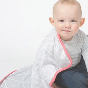 100% organic baby blankets and bibs by Milk And Masuki